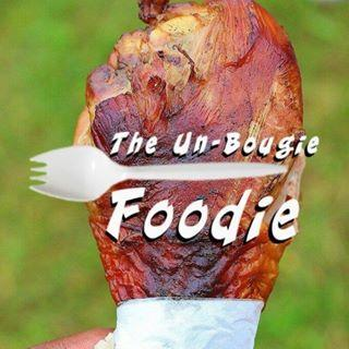 Un Bougie Foodie graphic photo logo